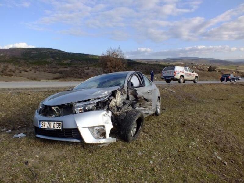 Sinop'ta trafik kazası: 1 ölü, 4 yaralı
