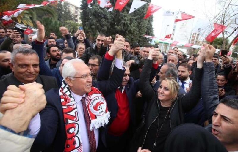 Başkan Selvitopu'na kalabalık karşılama