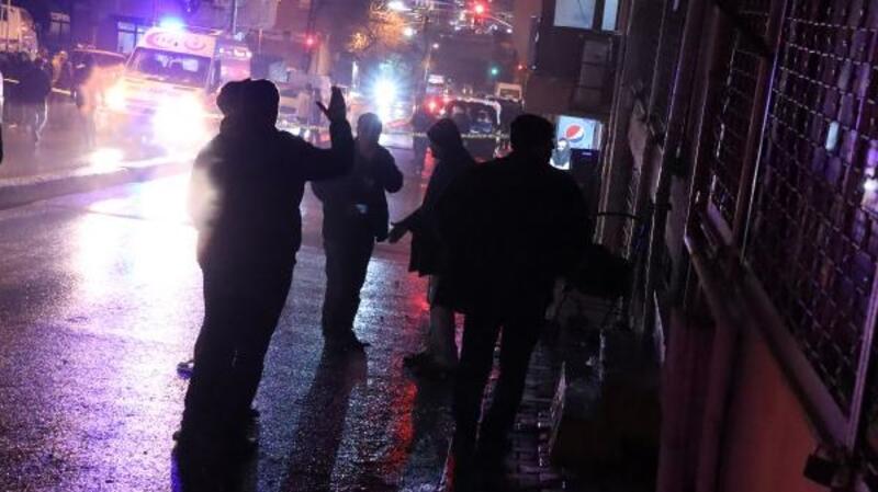 Bağcılar'da elektrik panosu yangını: Dumandan etkilenen 21 kişi hastaneye kaldırıldı