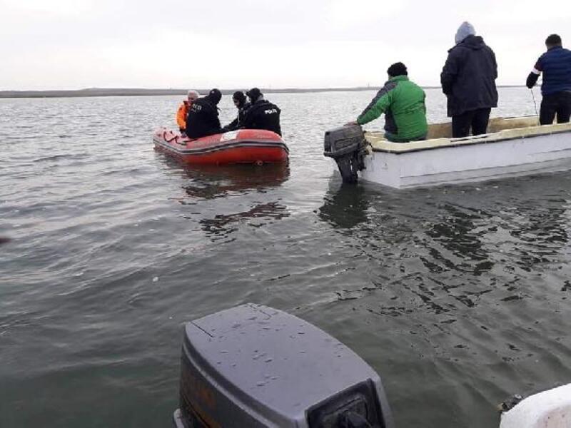 Barajda balıkçı teknesi battı: 1 kayıp