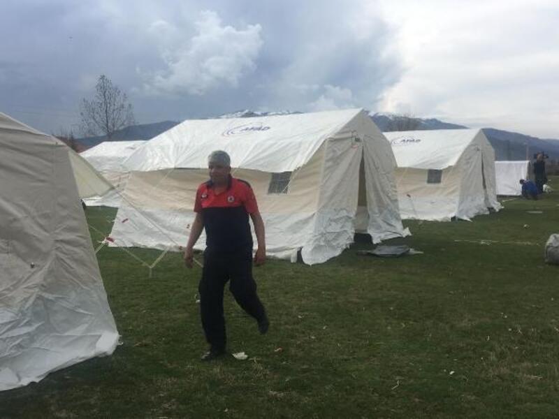 Denizli'de 10 köye 600 çadır kuruldu