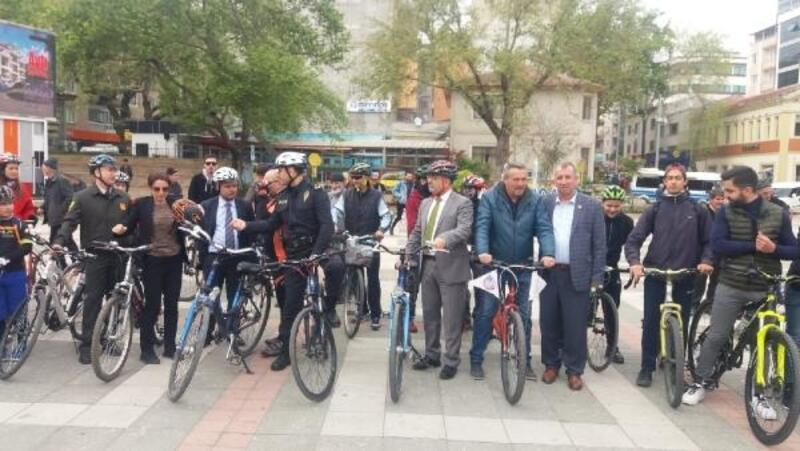 Turizm Haftası etkinlikleri kapsamında bisiklet turu ve okçuluk etkinliği düzenlendi