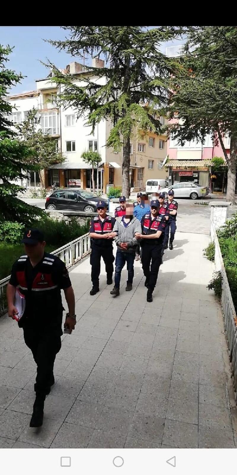 Isparta'da PKK/KCK operasyonu: 11 gözaltı