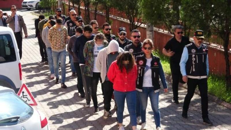 Karabük merkezli 4 ilde uyuşturucu operasyonu: 11 gözaltı