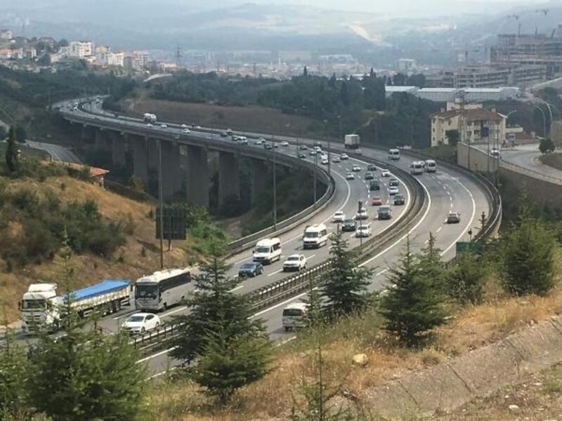 Kocaeli'de bayramda 10 kilometrede bir trafik ekibi bulunacak