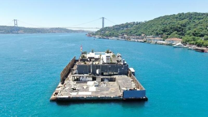 Galatasaray Adası paravanlarla çevriliyor