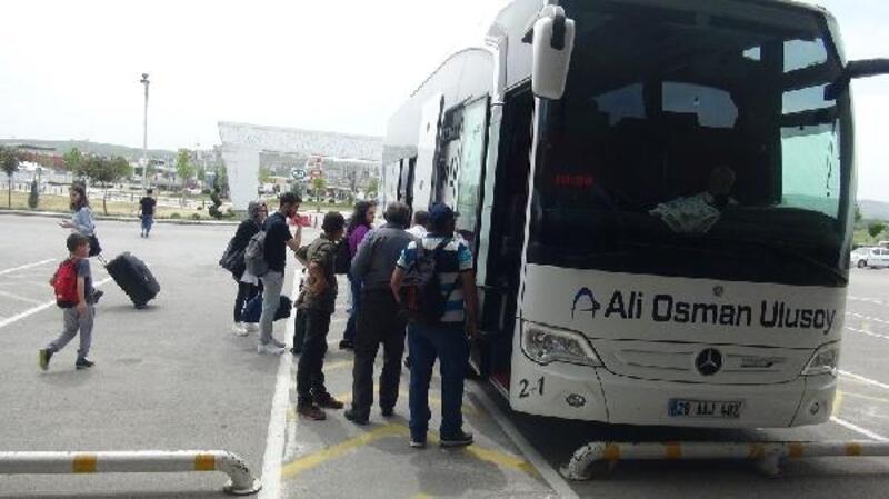 Trafik şube müdürü kazaları anlattı, yolcular kemerlerini taktı
