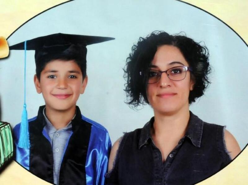 Okulun önünde minibüsün çarptığı Aysel öğretmen öldü