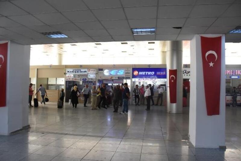 Kırıkkale'de otobüs şoförleri kontak kapattı