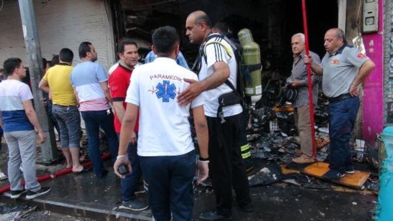 Kilis'te Suriyelilerin iş yeri yandı, 1 milyon liralık zarar oluştu
