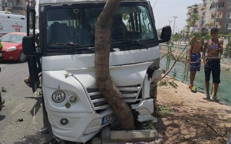 Tarsus'ta 2 ayrı kazada 1 ölü, 7 yaralı