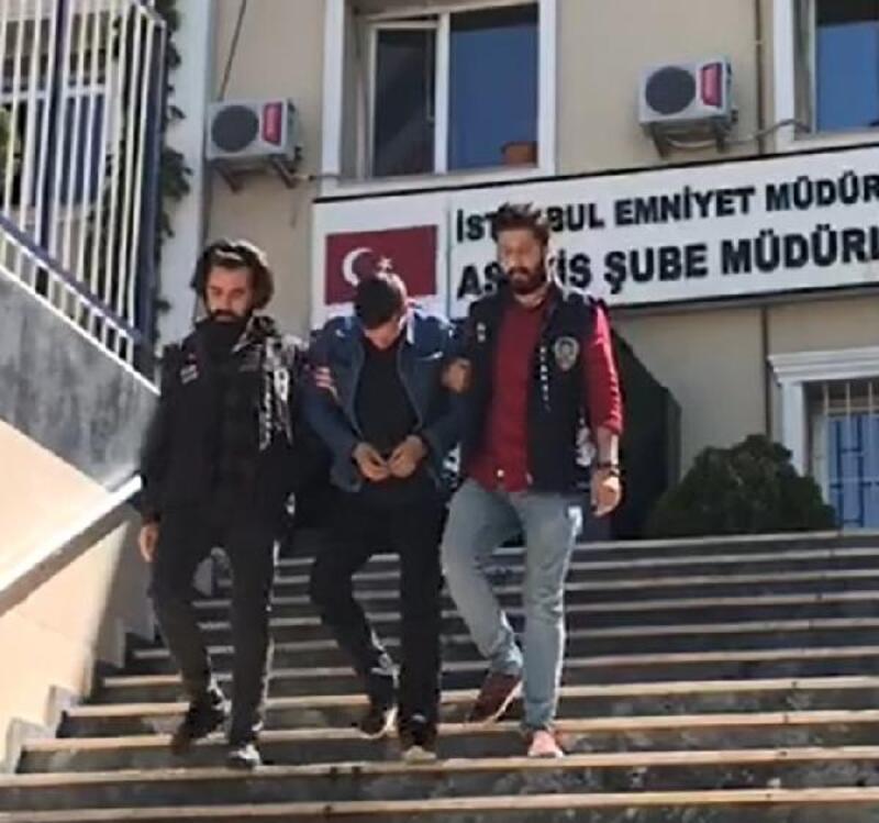 İstanbul'da 7 evi soyup 3 otomobil çalan hırsızlar yakalandı