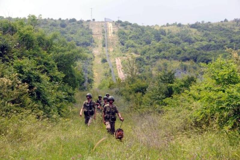 Bulgaristan sınırındaki 'Hudut Kartalları' bayramda görev başında