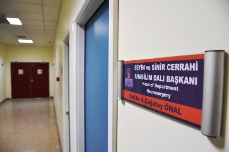 Malatya'da profesörün kundaklanan odası onarıldı