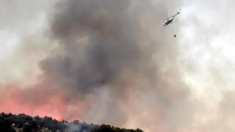 Finike'de makilik yangını kontrol altında