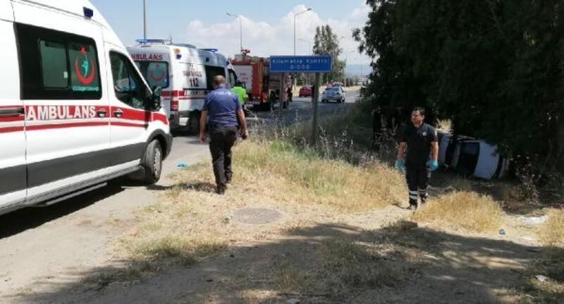 Otomobiliyle şarampole uçan muhtar yaralandı