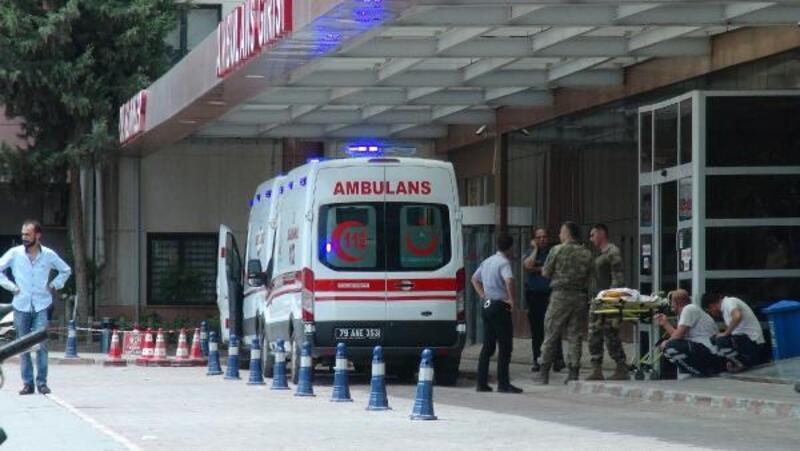 Azez'de TSK üssüne saldırı: 1 şehit, 4 yaralı