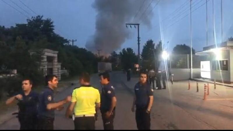 Atık pil geri dönüşüm fabrikasının depolama alanı yandı