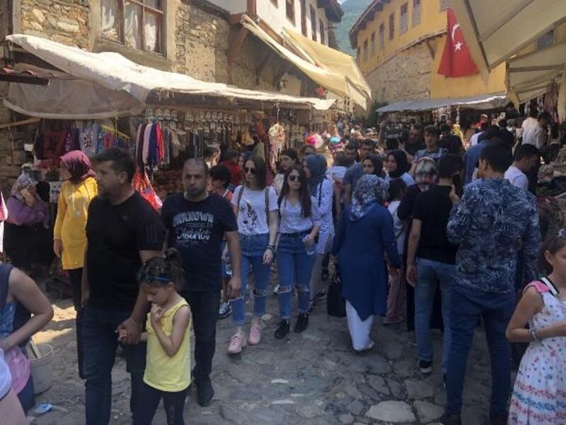 700 yıllık Cumalıkız köyüne ziyaretçi akını