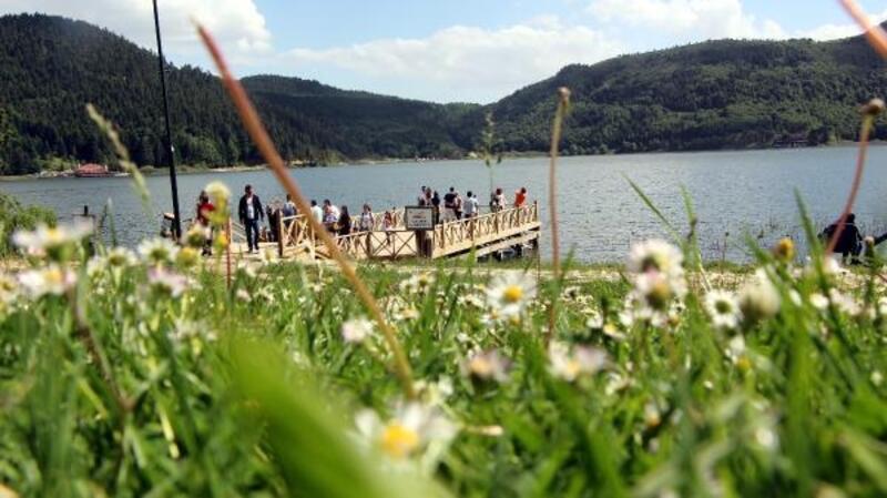 Bolu'nun turizm merkezlerine bayramda yoğun ilgi