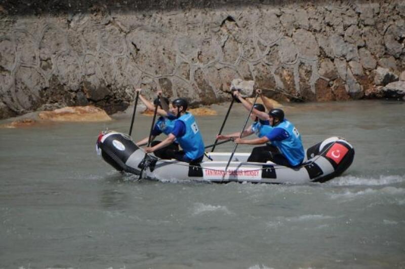 Dünya Rafting Şampiyonası'nda yarışlar başladı