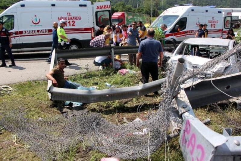 Kazada ölen 2 kardeşin cenazeleri, memleketlerine götürüldü