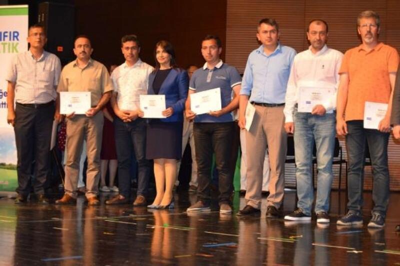 Orhangazi'de çevreci 3 okul ödüllendirildi