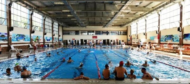 Şanlıurfa'da belediye havuzları açıldı