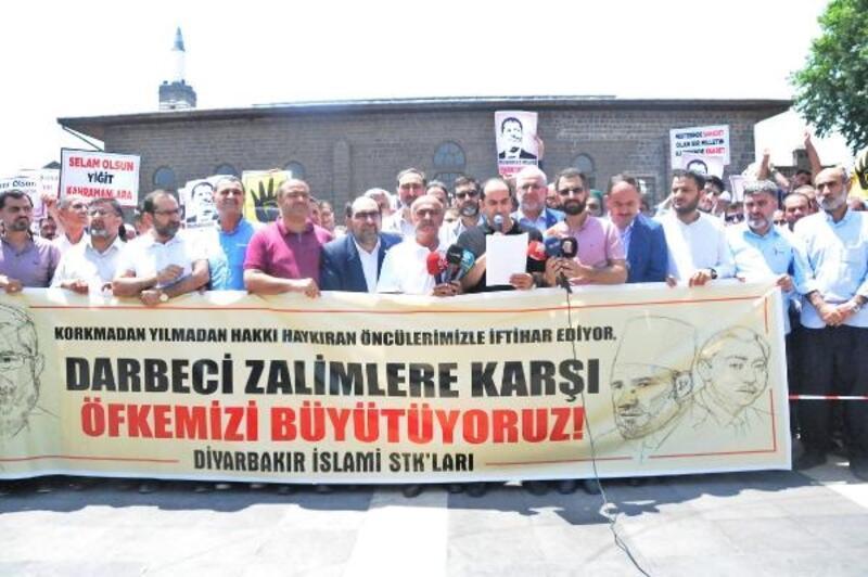 Diyarbakır'da Mursi için gıyabi cenaze namazı