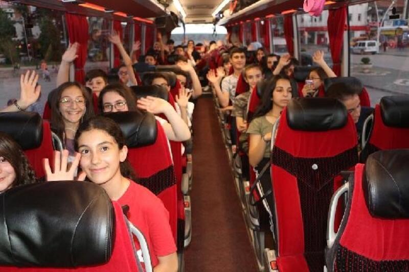 Tokat Emniyet Müdürlüğü, 74 öğrenciyi geziye gönderdi