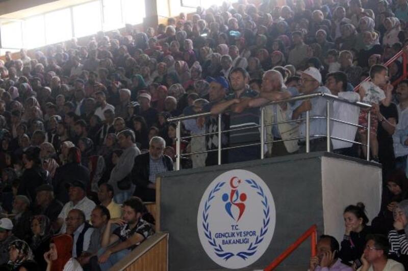 Karaman'da 364 aile, ev sahibi olmanın mutluluğunu yaşadı