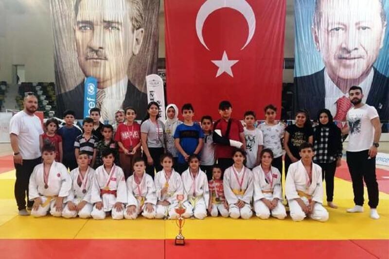 Karaman'ın gururu judo
