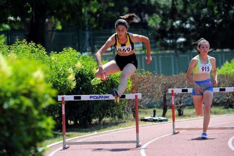 U20 ve U23 Atletizm Şampiyonası Bursa'da başladı