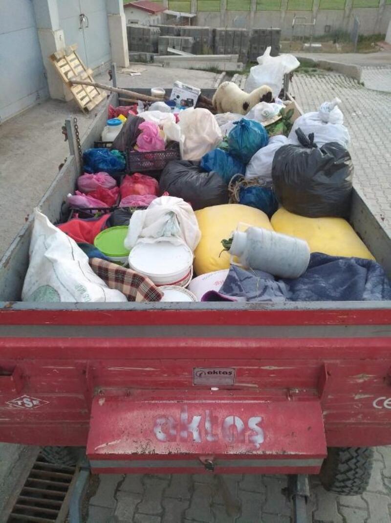PKK'ya bir traktör dolusu yaşam malzemesi götürürken yakalandılar
