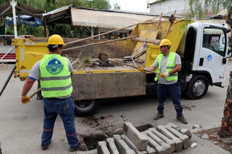 MESKİ'den ızgara ve kanal temizlik çalışması