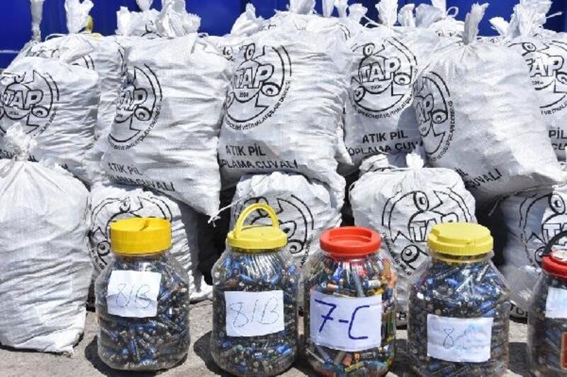 Kocasinan'da 6 ayda 2 bin 100 kilo atık pil toplandı