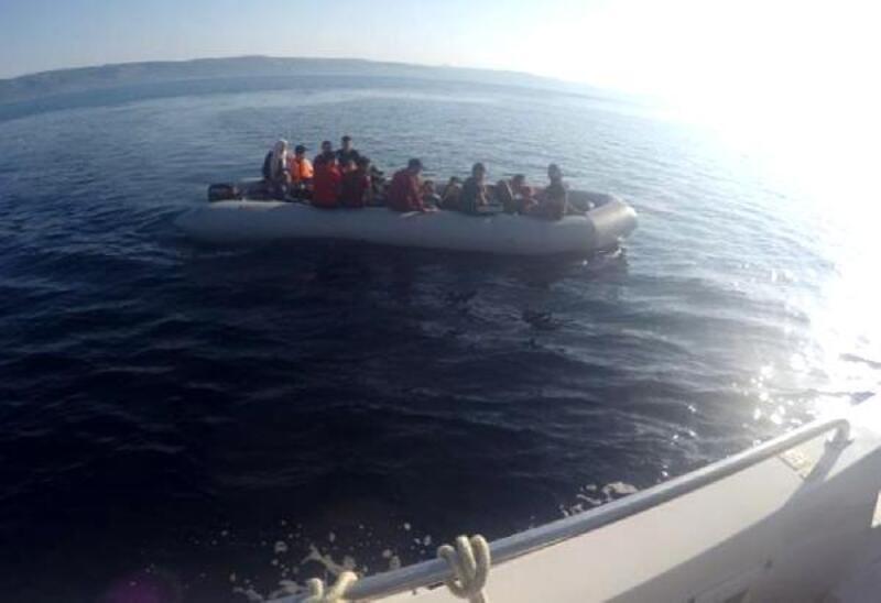 Lastik botta, 26'sı çocuk, 41 kaçak yakalandı