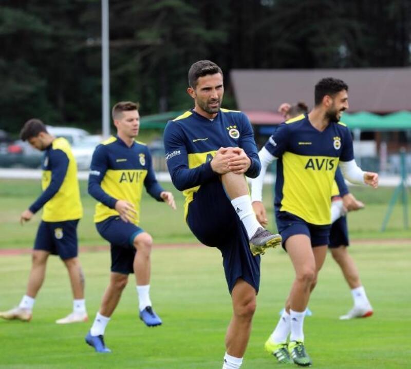 Fenerbahçe top kapma ve pas çalışması yaptı