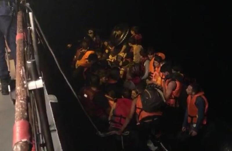 Ayvalık'ta 114 kaçak göçmen yakalandı