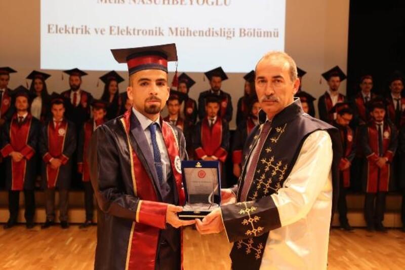 Suriyeli üniversite öğrencisinden duygulandıran sözler