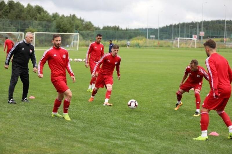 Demir Grup Sivasspor, hazırlıklarını sürdürüyor