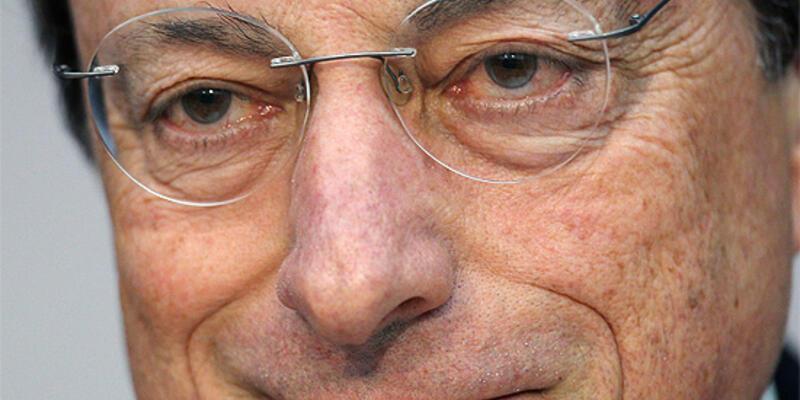 Draghi: Gevşek para politikası sürdürülecek