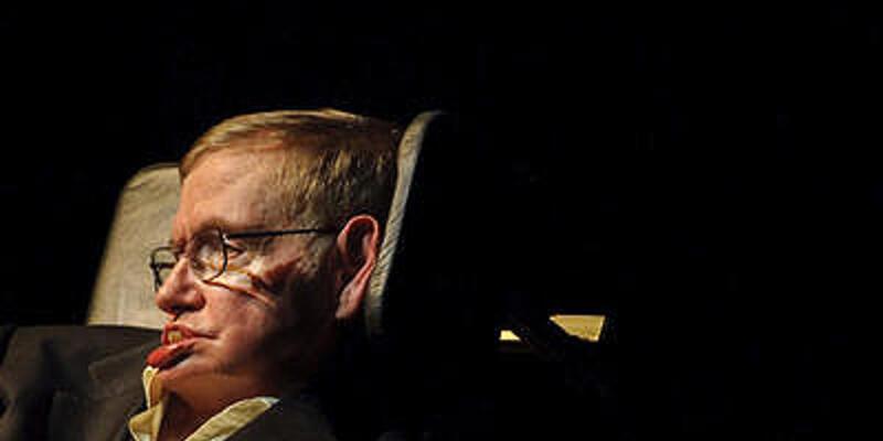 """Hawking: """"İnsanoğlu uzaylılarla temastan kaçınmalı"""""""