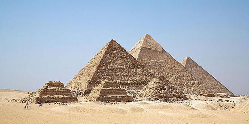 Piramit işçilerinin mezarları bulundu