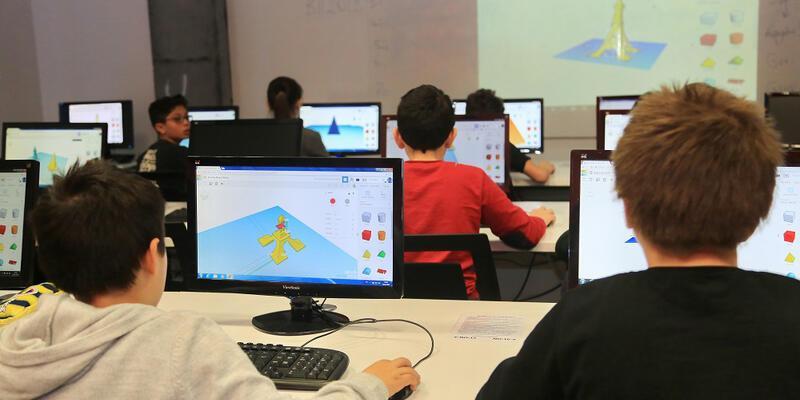 Başakşehirli öğrencilere üç boyutlu tasarım eğitimi