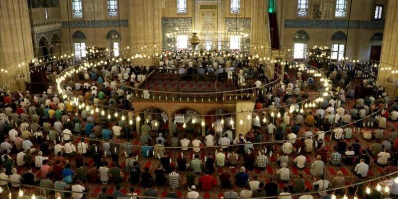 İstanbul cuma namazı saat kaçta? 12 Temmuz 2019 Cuma saati Diyanet…