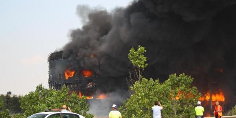 4 kişinin can verdiği yangında fabrika sahibi için karar
