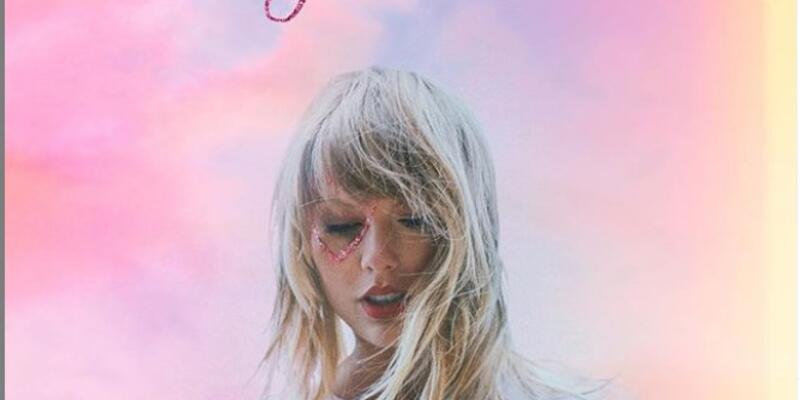 Taylor Swift'ten yeni albüm