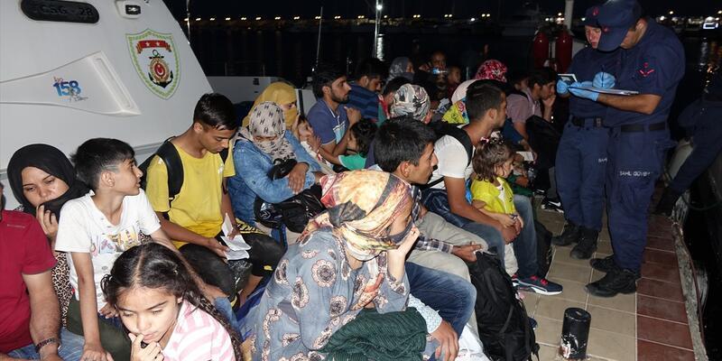 Çanakkale'de 48 düzensiz göçmen yakalandı