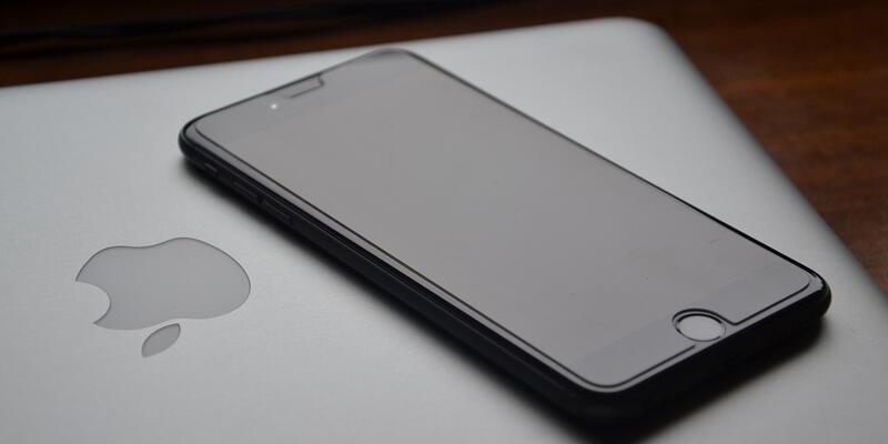 Apple 12 inç'lik MacBook'u satıştan kaldırdı